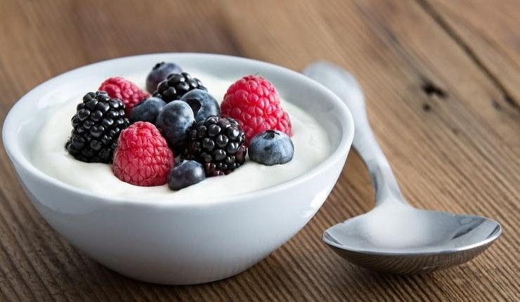 Yogurt for burned stomach